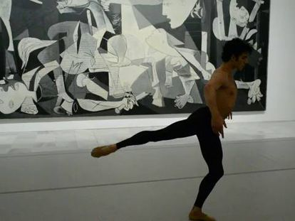 Ullate dances in front of Picasso's 'Guernica.'