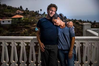 Jakob Schuster and his wife, Sandra, at a lookout in El Jesús, La Palma.