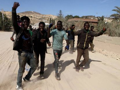 A group of migrants after crossing the border fence into Melilla last September.