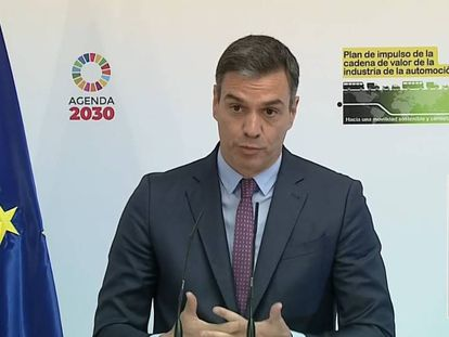 Spain's PM Pedro Sánchez presenting the plan to support the auto industry.