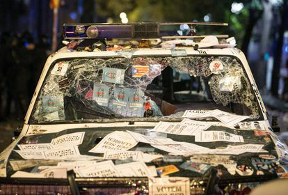One of the Civil Guard vehicles damaged by protestors in Barcelona during disturbances on September 20.