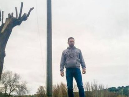 Activist Santiago Abascal, seen standing on top of a concrete block, in a photograph that circulated on the social networks last week.