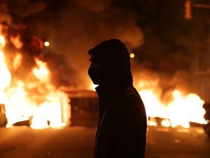 The third night of violent protests in Barcelona over the imprisonment of Spanish rapper Pablo Hasél.