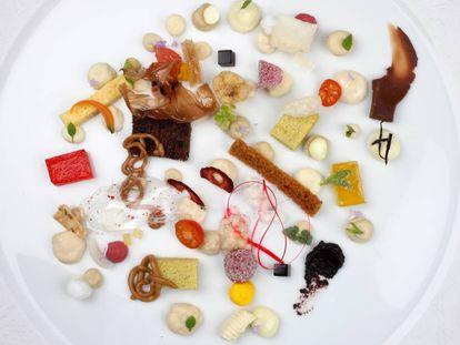 'Anarchy', a dessert served at El celler de Can Roca.