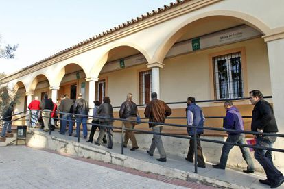 Training centers that are under investigation received government subsidies to give classes to unemployed people in Andalusia.