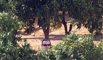 José Bretón during Tuesday's police search of his family estate, Las Quemadillas.