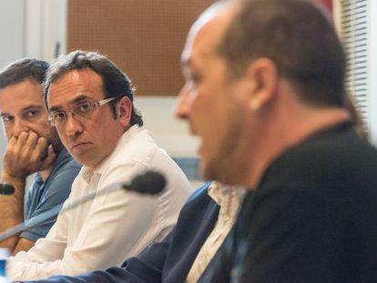 Left to right: Francesc Vendrell (ICV), Josep Rull (CDC) and David Fernández (CUP) in Prada de Conflent.