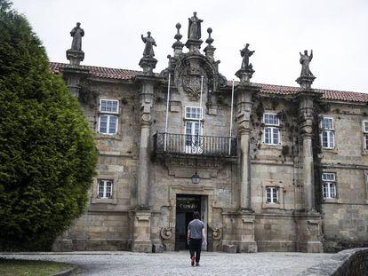 Entrance to the Conxo psychiatric hospital in Santiago.