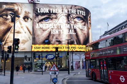 An advertising campaign in London encouraging citizens to stay at home.