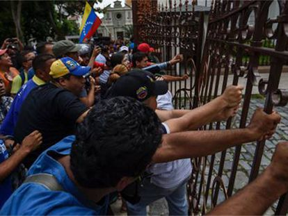 Chavista protesters stormed the National Assembly on Sunday.
