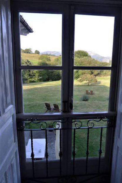 View of the Sierra del Sueve mountains from El Gran Sueño Hotel, Piloña.