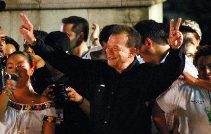 Andrés Granier celebrates his 2006 gubernatorial victory in Tabasco state.