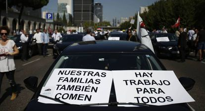 Ride-hailing companies protesting in Madrid.