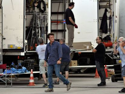 Sean Penn on the Barcelona set of 'The Gunman' in July 2013.