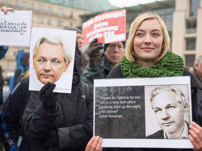 Protesters demanding freedom for Julian Assange in Berlin.