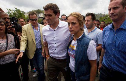 Albert Rivera with Lilian Tintori, wife of dissident Leopoldo López.
