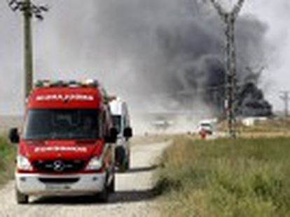 Six others have been injured – three of them seriously – following the blast in a neighborhood outside the Aragonese city