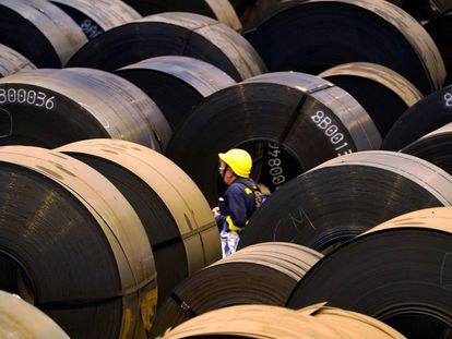 A worker at a steel plant in Sestao (Bilbao).