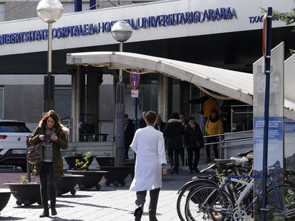 The Txagorritzu hospital in Vitoria, where several health workers have been infected with the virus.