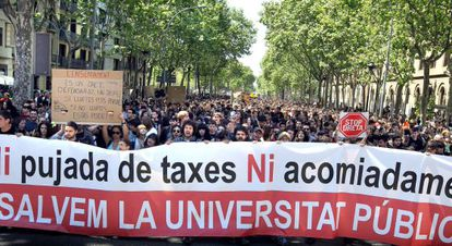 Students protest education cutbacks in Barcelona.