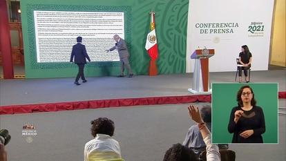 López Obrador during his morning press conference on April 26.