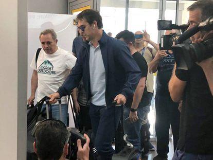 Now ex-Spain coach Julen Lopetegui at the Krasnodar airport on Wednesday, headed back to Spain.