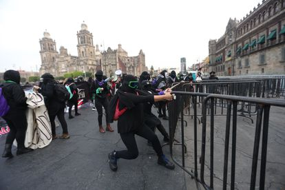 Feminist demonstrators outside the National Palace in Mexico City protesting the Salgado Macedonio case.