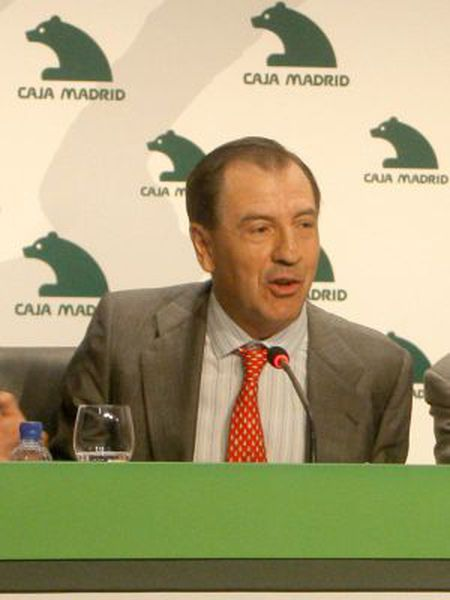 Ildefonso Sánchez Barcoj, pictured here in 2009, is one of people on the list of credit card holders.