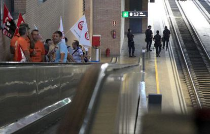 Rail workers protest in Seville on Friday.
