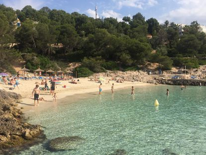 Beachgoers in Mallorca in Spain's Balearic Islands on Monday, when the island entered Phase 2.