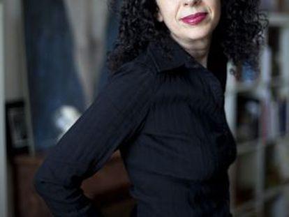 Ana Juan.