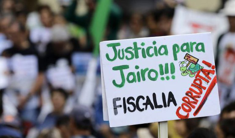 Ecologists demand justice for Jairo Mora, who was murdered in 2013.