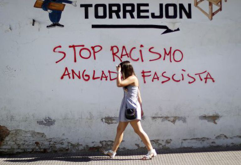 Graffiti in Torrejón against extremist José Anglada's attempts to gain a foothold in the town.