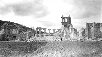 The remains of the convent of Santa María de Óvila in Spain after its main elements were dismantled in 1931.