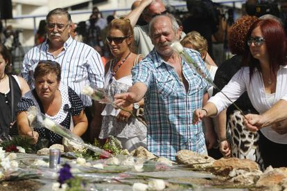 People in the gardens at Barajas Airport last year, remembering the victims of the 2008 crash