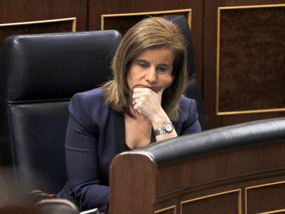 Labor Minister Fátima Báñez in her seat in Congress.