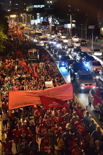 Protestors from the Homeless Workers Movement block Marginal Pinheiros highway.