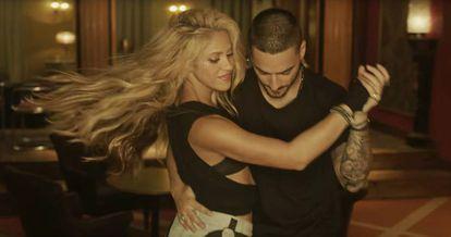 Shakira and Maluma dance to their hit 'Chantaje'