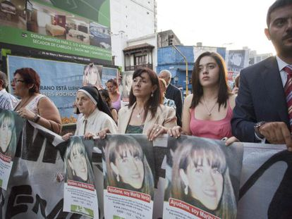 Susana Trimarco and her granddaughter Micaela march in a demonstration in Tucumán.
