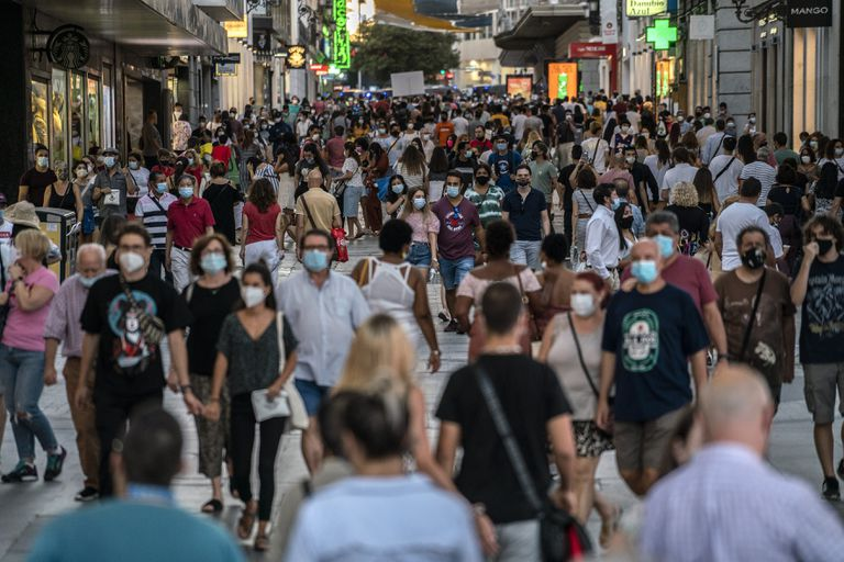 Crowds in Madrid, which accounts for more than one third of all new coronavirus cases.