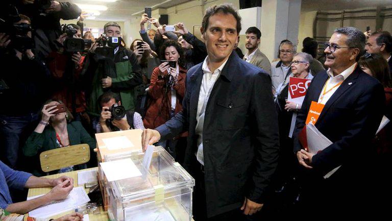 Albert Rivera (Ciudadanos) casts his vote in L'Hospitalet de Llobregat.