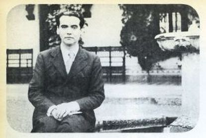 Lorca in Toledo at the end of the 1920s.