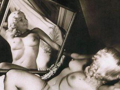 'Leda frente al espejo' (1951) by Constantino Arias (1920-1991).