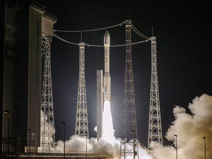 The liftoff of the 'Vega' rocket carrying Spanish satellite SeoSat-Ingenio.