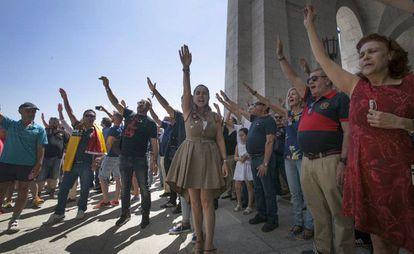 Protests make fascist salutes on Sunday.