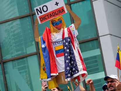 Protest against the Maduro government in Miami.