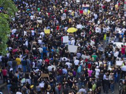 Protestors out in force on Sunday in Santo Domingo.