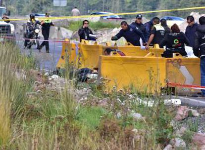 The bodies of four bus robbers were found on October 31 near the Mexican town of Lerma.