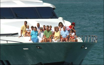 The Spanish royal family on the yacht 'Fortuna' in 2005.