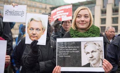 Protesters demanding freedom for Julian Assange in Berlin.
